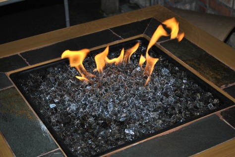 outside-fire-pit-tables-burn-year-round