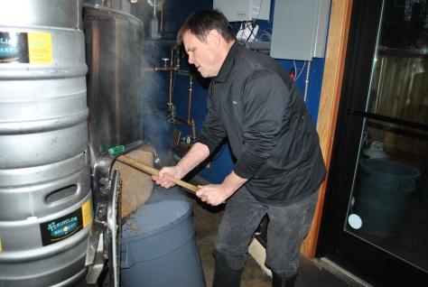 owner-les-mcauliffe-brewing-beer
