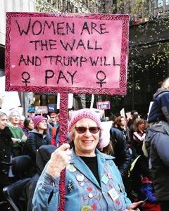Robin mama protest