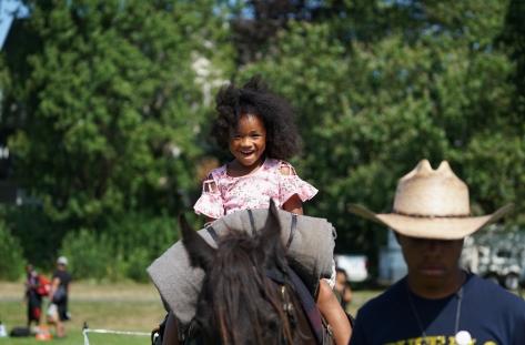 _Umoja Parade-SSE-horseback ride 3-1