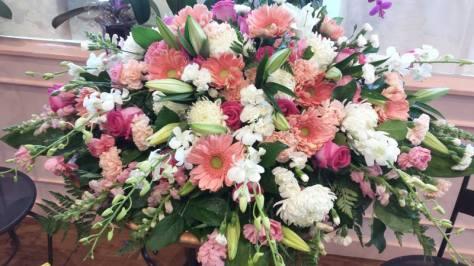 Mimis-Bakery_flower-arrangement